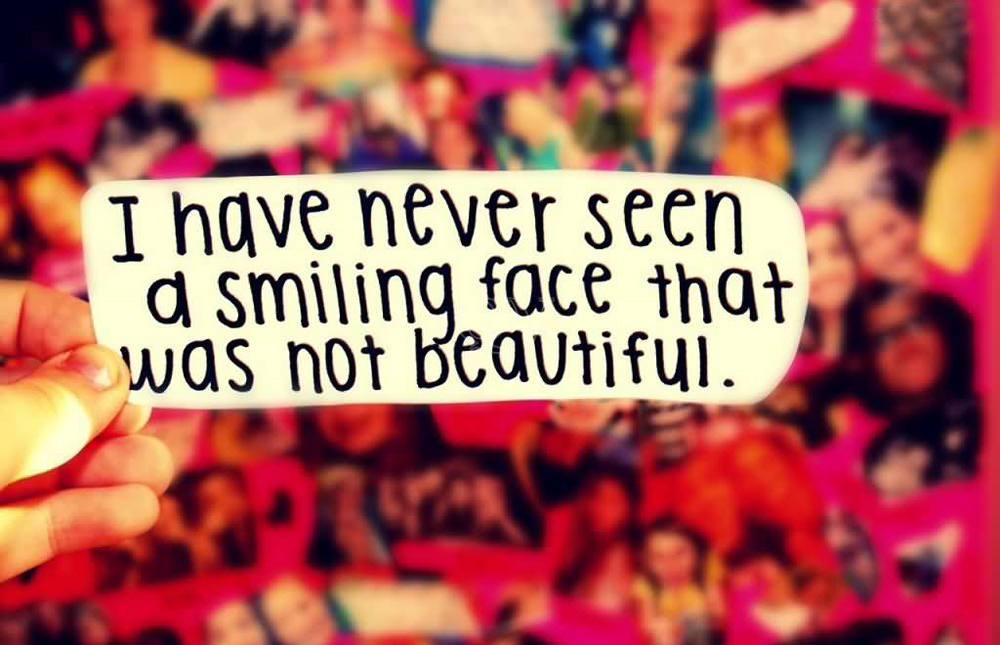 popular smiling quotes and sayings images